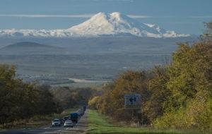 Sublimaty.com и Лакколит приглашают на Эльбрус с севера и Казбек